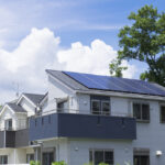 施工ミス?!太陽光発電の雨漏りのリスクとその対策とは?